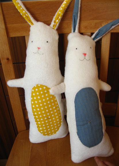 Yellblue_bunnies