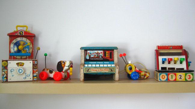 Shelf_toys