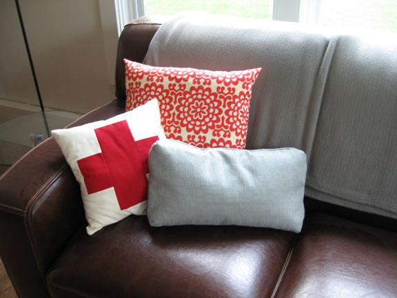 Pillow_left