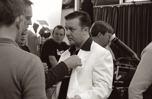 Rickygervais_suit_2