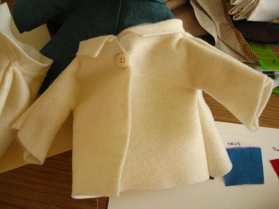 Cream_coat